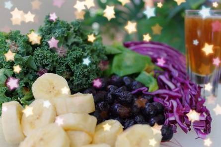 Pieces of banana, cauliflower, leaf cabbage and blueberries